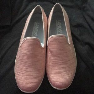 Women's Lands End pink size 9w shoes